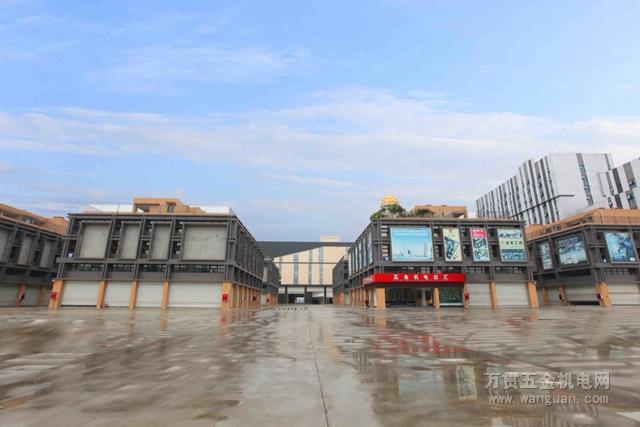 龙虎娱乐青白江市场2018年8月8日试营业