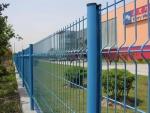 山东恒富护栏网/围栏网/三角折弯护栏网生产厂家
