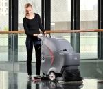金和洁力分享手推式洗地机使用技巧