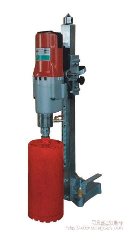 知识加油站   金刚石钻孔机(又称水钻,混凝土钻孔机)是一种能在钢筋图片