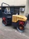 6吨单钢轮座驾式压路机(可选配驾驶室)