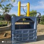 长期供应100吨铁麒麟立式液压打包机
