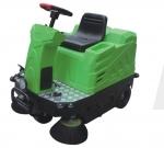 百特威CZ1100 小型驾驶式扫地车