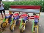 谷子覆膜播种机 多功能播种机厂家 小麦播种机