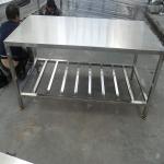 供应非标定制加工不锈钢二层厨房餐厅车间仓库医院工作台办公台