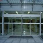 乌鲁木齐专业生产高端玻璃自动感应门
