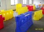 滾塑水馬 三孔滾塑防撞水馬生產廠家