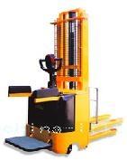 电动堆高车-莱尔特天津北京上海仓储设备专业生产制造