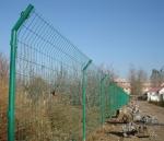 铁丝护栏网批发   石嘴山护栏网基地  销售铁丝护栏网