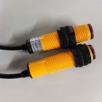 PR12-BC15DNO-E2带连接线光电开关参数表