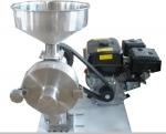 2014市面最新款流動作業汽油磨粉機,安全方便好用