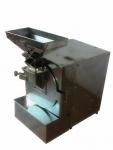 廣州旭朗最新款油性料打粉機,杏仁、花生專用磨粉機