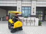 邢台沙河玻璃厂专用扫地机