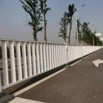 清遠交通護欄定做 市政道路欄桿款式 人行道柵欄安裝