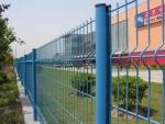 三角折弯护栏网报价-材料-安装/三角折弯护栏网厂