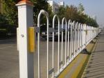 供应江苏锌钢护栏 桃形立柱 防盗护栏网批发价格
