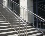 天津201装饰用不锈钢方矩管 焊接不锈钢管价格