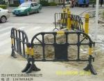 成都塑料护栏供货商-成都黄黑铁马出售-成都塑料铁马厂家