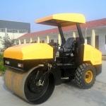 贵阳供应小型压路机4吨压路机胶轮压路机柴油振动压道机