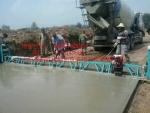 云南保山框架式整平机厂家混凝土摊铺机售后