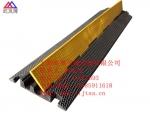 橡胶铺线槽价格 2孔电缆穿线板 电缆穿线板出租