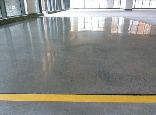 水泥地面硬化防塵處理劑地坪如何施工